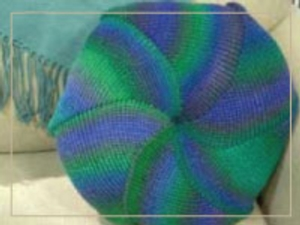 Shortrow Pinwheel Pillow - Knit In Now Project