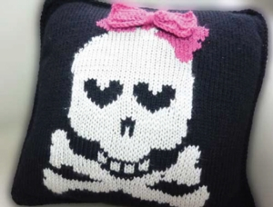 Skull and Crossbones Pillow - Knit In Now Project