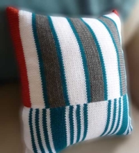 Striped Pillow - Dynamic Pattern