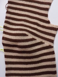 knitting bust darts
